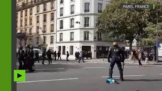 #Grève12septembre :  charge policière après échanges de projectiles en manifestation à Paris