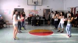 8Б Аягоз клевый современный танец