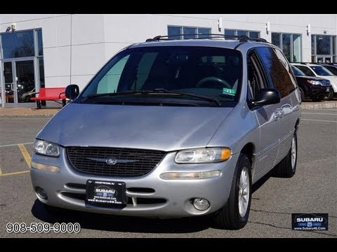 2000 Chrysler Town Country LXi Minivan