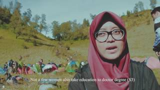 "Video [FULL VIDEO] Bakti Sosial dan Pendakian Gunung Semeru ""Semangat Wanita di Puncak Jawa"" download MP3, 3GP, MP4, WEBM, AVI, FLV Desember 2017"