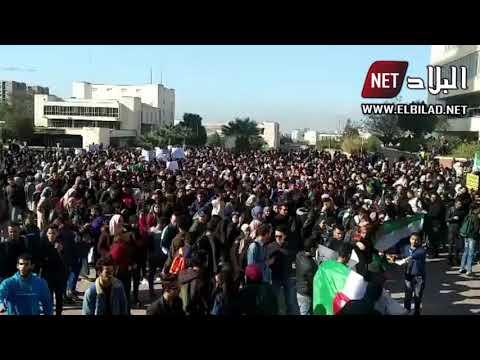 فيديو لوقفة سلمية حاشدة لطلبة جامعة العلوم و التكنولوجيا بوهران