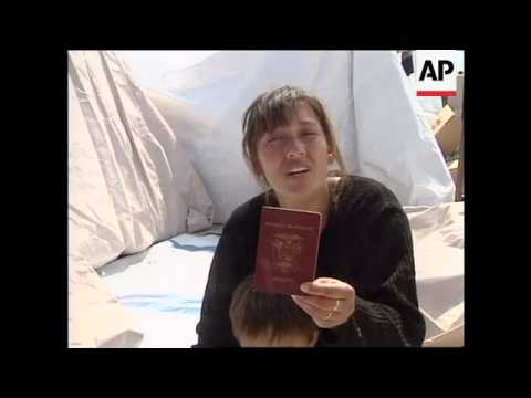 MACEDONIA: ECUADORIAN WOMAN IN REFUGEE CAMP
