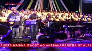 Download Ahy Jesosy Tanora Masina Itaosy [[Live Palais des Sports 2k17 ]] MP3 song and Music Video
