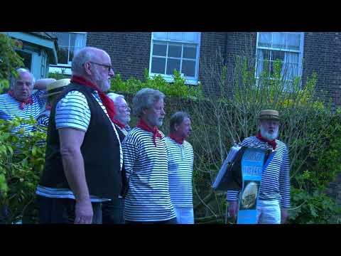 """Dorset Wrecks"" Sea Shantie singers. Live in Poole old town. 21.4.18 ( 4K )"