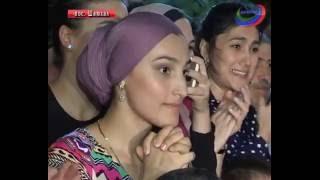 С родными и близкими триумфу Абдулрашида Садулаева радовались и тысячи дагестанцев