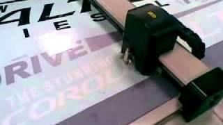 aokecut@163.com automobile car vehicle sticker decal cutter plotter machine.mp4