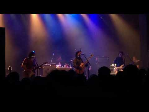 THE BREEDERS- wait in the car. Live in manchester uk 2017