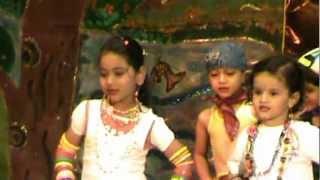 Mach gaya shor sari nagari re by Shivali (Pari) Baroda