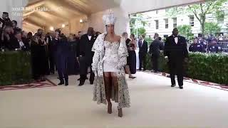 Rihanna at Met Gala 2018 - Red Carpet