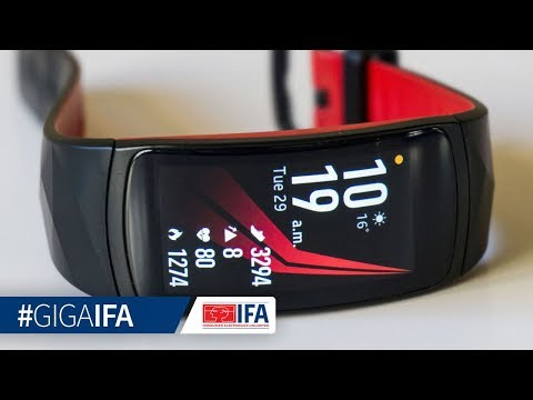Samsung Gear Fit 2 Pro im Hands-On (deutsch): Halb Smartwatch, halb Fitnesstracker - GIGA.DE