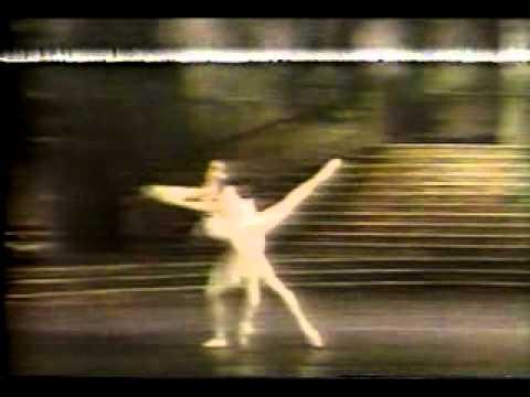 Cendrillon Cinderella Lesley Collier Anthony Dowell pas de deux Royal Ballet