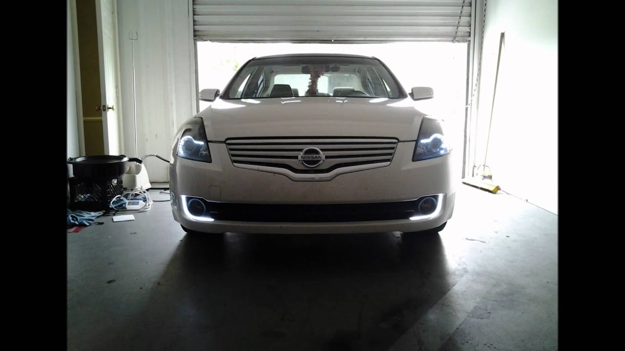 Hid projector retro fitted headlights 2007 nissan altima youtube vanachro Image collections