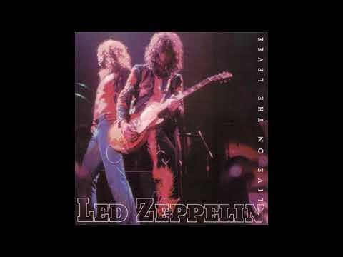 Led Zeppelin - When The Levee Breaks Chicago 1975