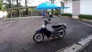 Review Iseng Payung untuk Sepeda Motor