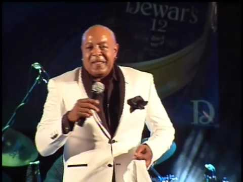 Peabo Bryson  If Ever You're In My Arms Again - Curacao May 12 2013 with Crosstown Traffic Band