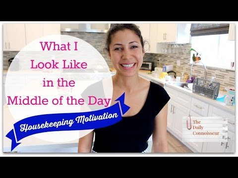What I Look Like in the Middle of the Day | Jennifer L  Scott