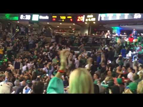 Boston Celtics fans give Paul Pierce a standing ovation