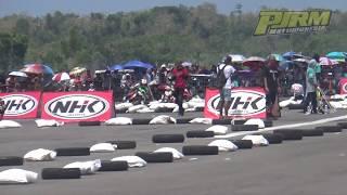 Aksi Gila Dedy Fermadi #45 & Jhojon AM #72 diatas F1ZR Underbone Asapi 125Z di Motoprix Jogja 2017