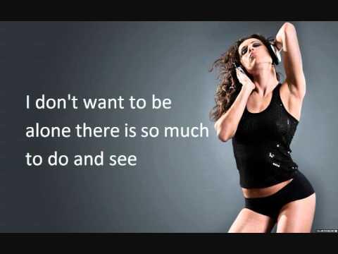 Tony Ray ft Gianna - Chica Loca with lyrics on screen