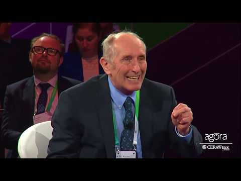 Reconciling Slow Transition & Fast Climate Change | Vaclav Smil