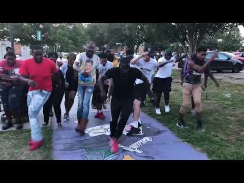 WYA !! New Routine by: Famous Amos iPod Da DJ Hard HeAd New wave 🌊 Moheadaintdead GOING DUMB