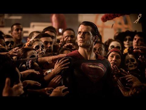 Batman v Superman: Dawn of Justice - Comic-Con Trailer Italiano | HD