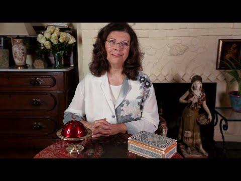 Tarot Card Reading with Ellen Goldberg | Tarot Cards