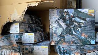 $18,000 worth of Gunpla and so much damage... The Gundam shop Business