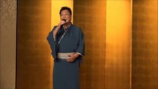 歌をこよなく愛する、光弘さんが和服姿で唄いました。イイですね。 瀬川...