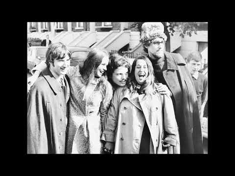 Scott Mckenzie - San Francisco (Be Sure to Wear Flowers in Your Hair) [live]