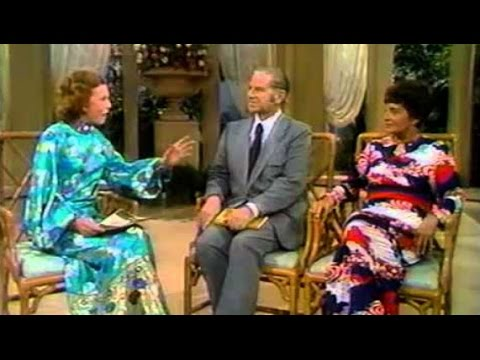 """Roberta Semple Salter and Dr Rolf McPherson - Kathryn Kuhlman """"I Believe in Miracles"""" (13)"""