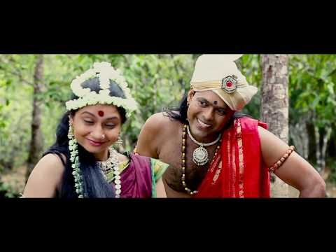Poojalle muditondu zari saree thothondu...