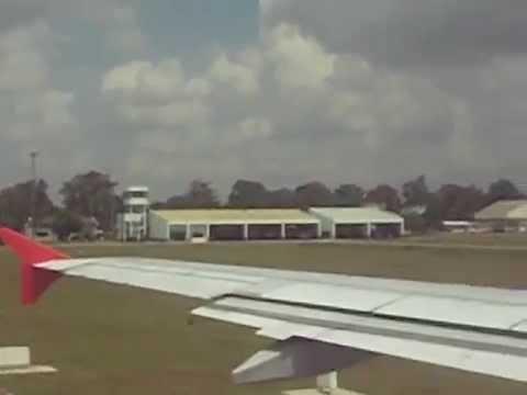 Thai Airasia A320-200 Take off at Hatyai FD3065