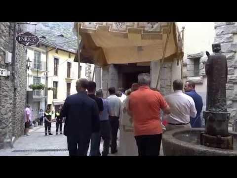 Videos de Andorra Esglesia de Sant Esteve proceso de Corpus a Andorra la Vella