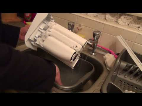 how-to-:-clean-a-detergent-dispenser-on-a-whirlpool-maytag-washing-machine