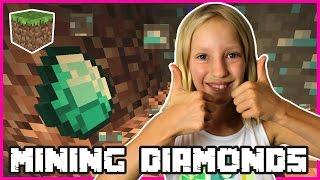 Insane Diamonds Emeralds Mining / Minecraft