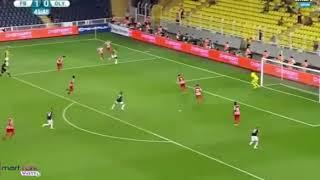 Emmanuel Emenike'nin akıllara zarar çalımı Fenerbahçe Olympiakos