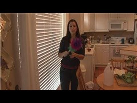 Housecleaning Tips : What Is the Easiest Way to Clean Wooden Blinds?