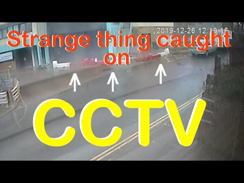 Caught On CCTV Roadblock Control By Windpower