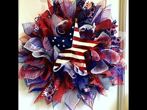 How To Make A Full Sunburst July 4th Wreath With A Flag Star- Taped Version