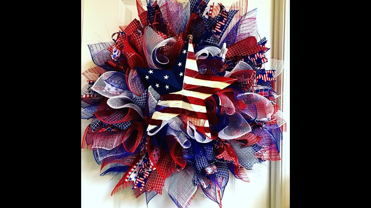 How To Make A Full Sunburst July 4th Wreath With A Flag Star Taped Version Youtube