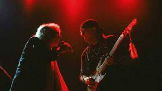 Watch Eric Burdon Gonna Send You Back To Walker video