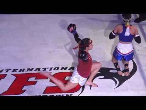 IFS21:  Alvarez vs Maxwell