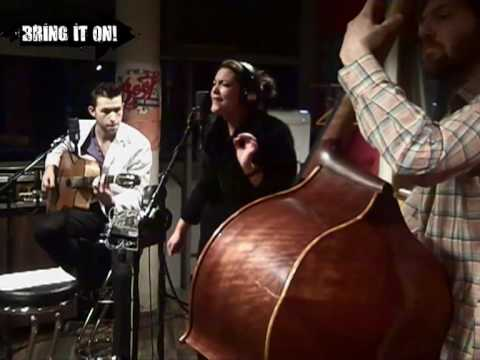 Caro Emerald - A Night Like This LIVE @ 3FM
