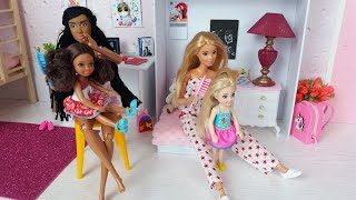 Two Barbie doll Two Ken Two Cute Dolls Morning Routine. Life in a Dreamhouse. @FunFun Toy Doll TV
