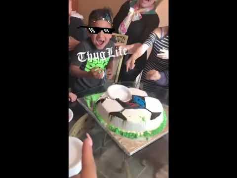 Thug life niño del pastel