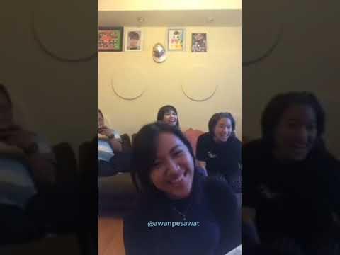 Shania dkk Karaoke Lagu JKT48 - Hanya Lihat ke Depan (Mae Shika Mukanee) (Live Instagram)