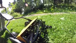 Fiskars Staysharp Reel Mower in Action (GoPro Hero3+ slow motion)