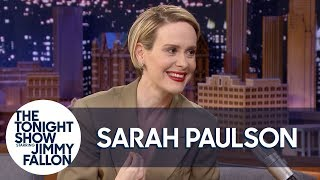 sarah-paulson-freaked-out-when-cher-touched-her-at-the-met-gala