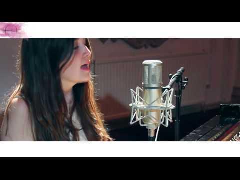 Lauren Aquilina- Irrelevant (Subtitulado Español)